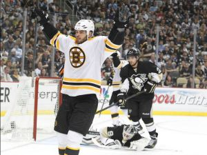 1370144486000-USP-NHL-Stanley-Cup-Playoffs-Boston-Bruins-at-Pit-002-1306012343_4_3_rx513_c680x510