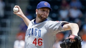 Scott Feldman pitches 7, allowing 1 run, and drives in 2 runs, to help his own cause, as his Cubs beat the Mets 5-2