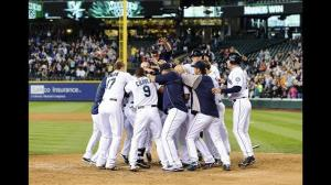 Kendrys Morales delivers a walk-off 3-run homer, and the Mariners beat the  Athletics 6-3 in 10 innings.