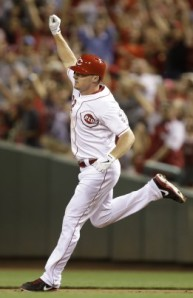 Jay Bruce hits the walk-off homer in the 10th, as the Reds beat the Brewers 4-3.